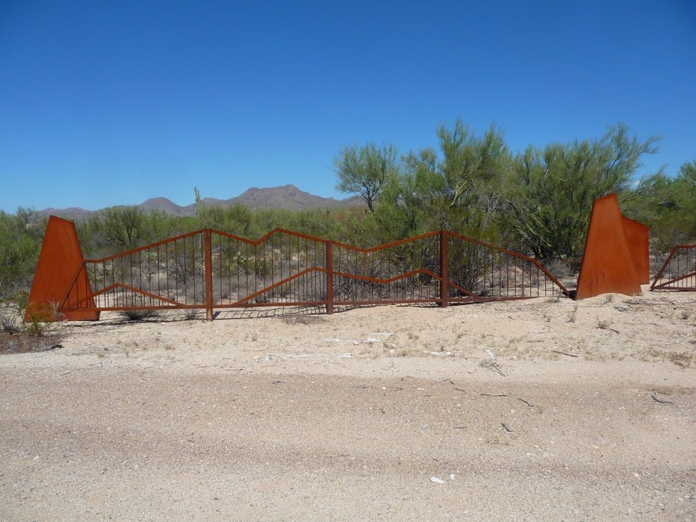 Custom Made Metal Fences For Sale In AZ.